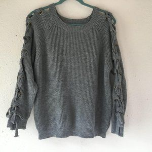 Debut Gray Cable Knit Open Lace Up Sleeve Sweater
